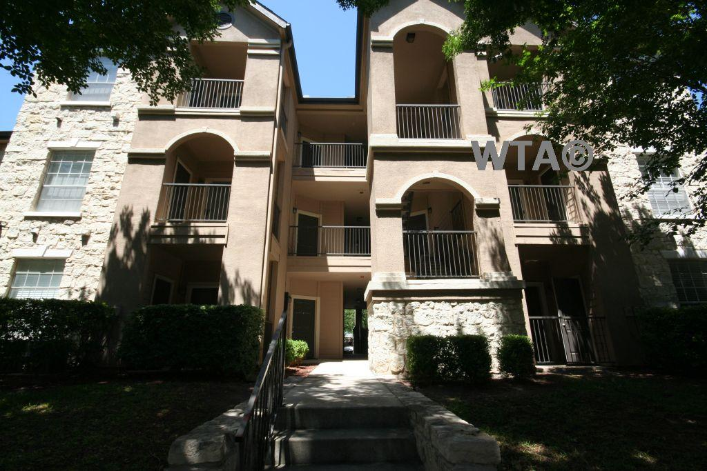 $1113 Two bedroom Apartment for rent