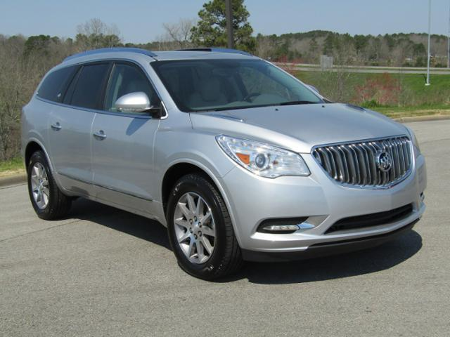 Buick Enclave FWD 4dr Leather 2017