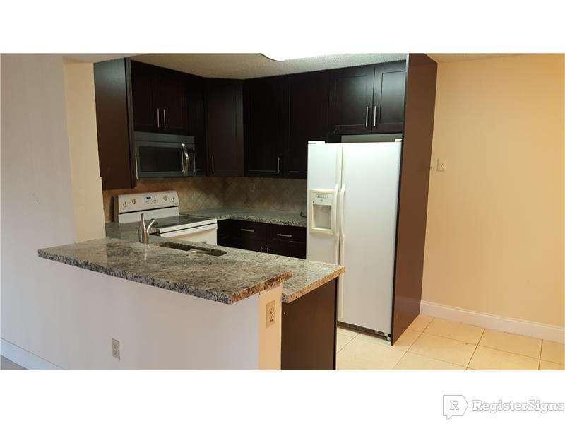 $1250 One bedroom Apartment for rent