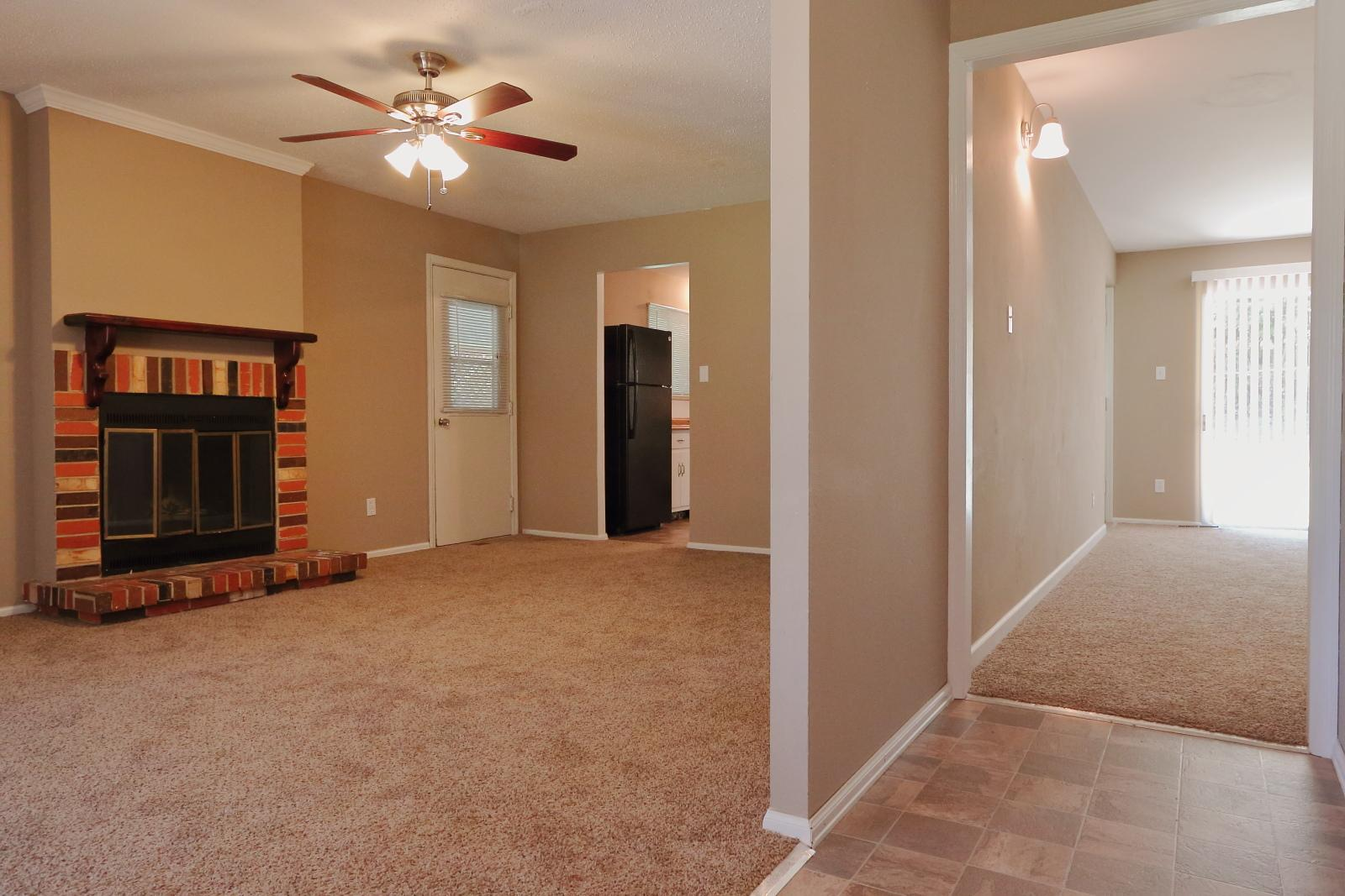 $1400 Four bedroom Apartment for rent
