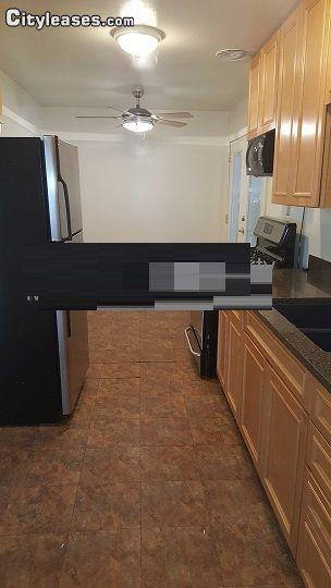 $1095 Three bedroom House for rent