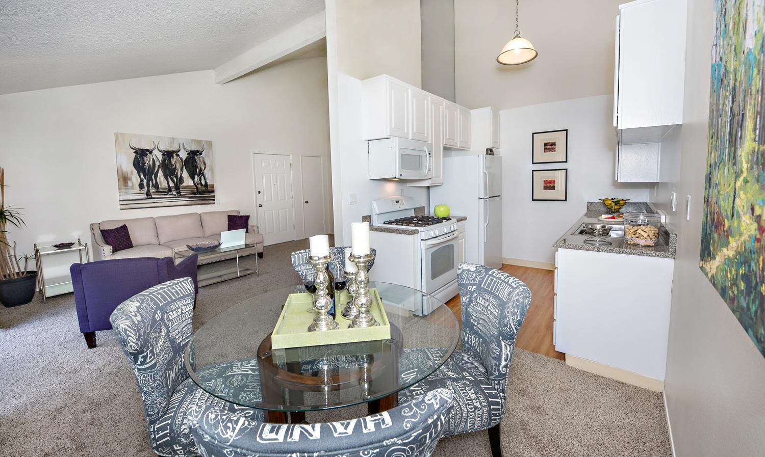 $3075 Two bedroom Apartment for rent
