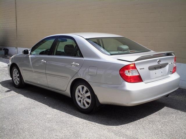 2002 Toyota Camry LE for $1200