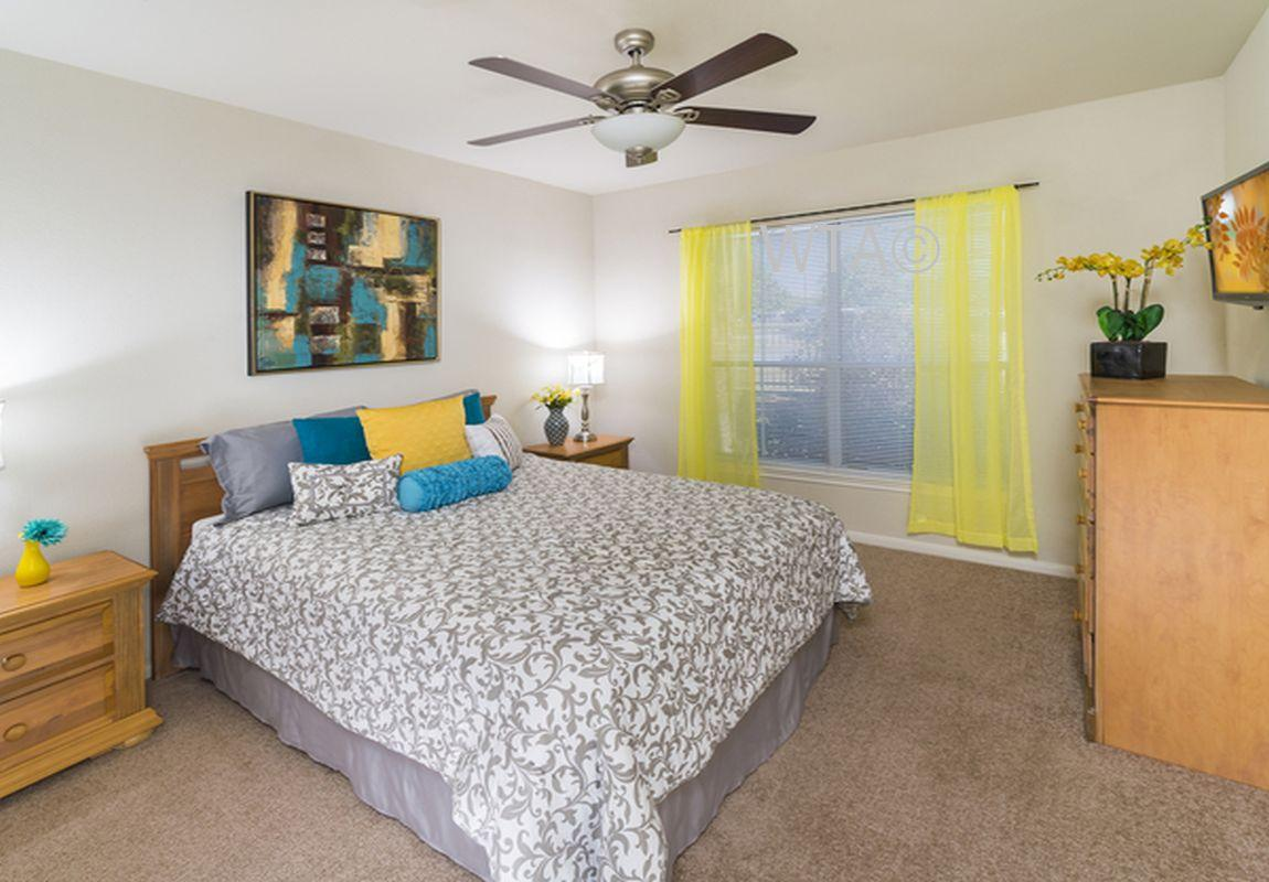 $1517 Three bedroom Apartment for rent