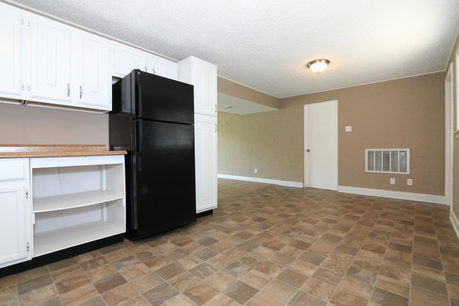 $1150 Four bedroom Apartment for rent