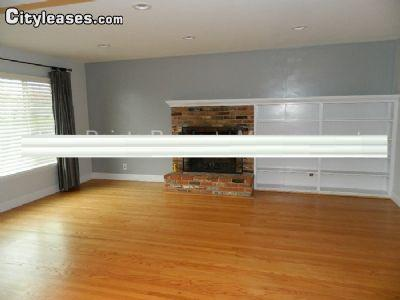$1425 Three bedroom House for rent
