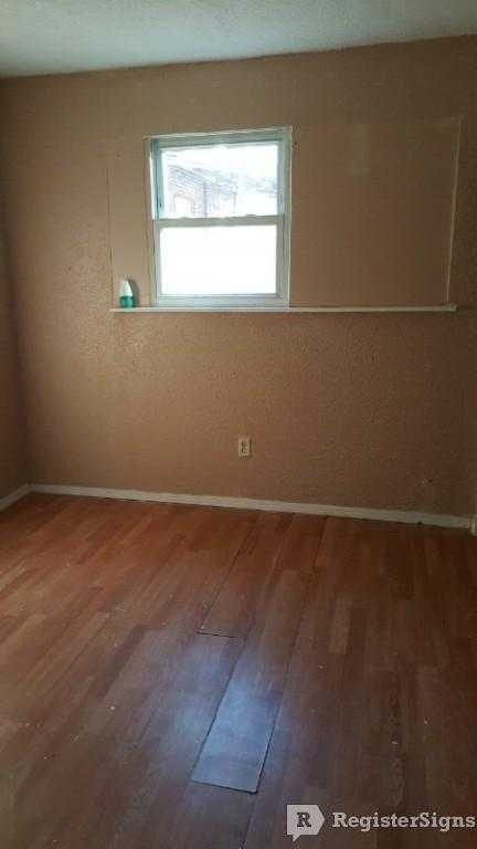 $500 Two bedroom Townhouse for rent