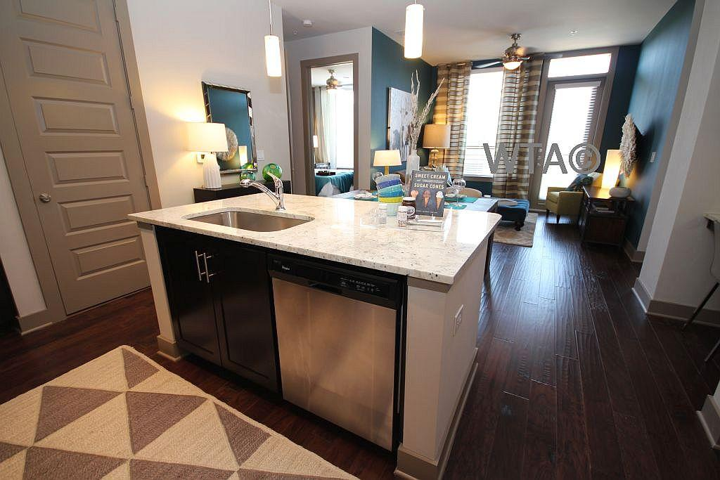 $1404 One bedroom Apartment for rent