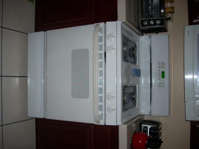 hotpoint stove and oven