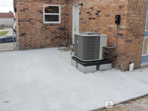 $1400 Two bedroom Townhouse for rent
