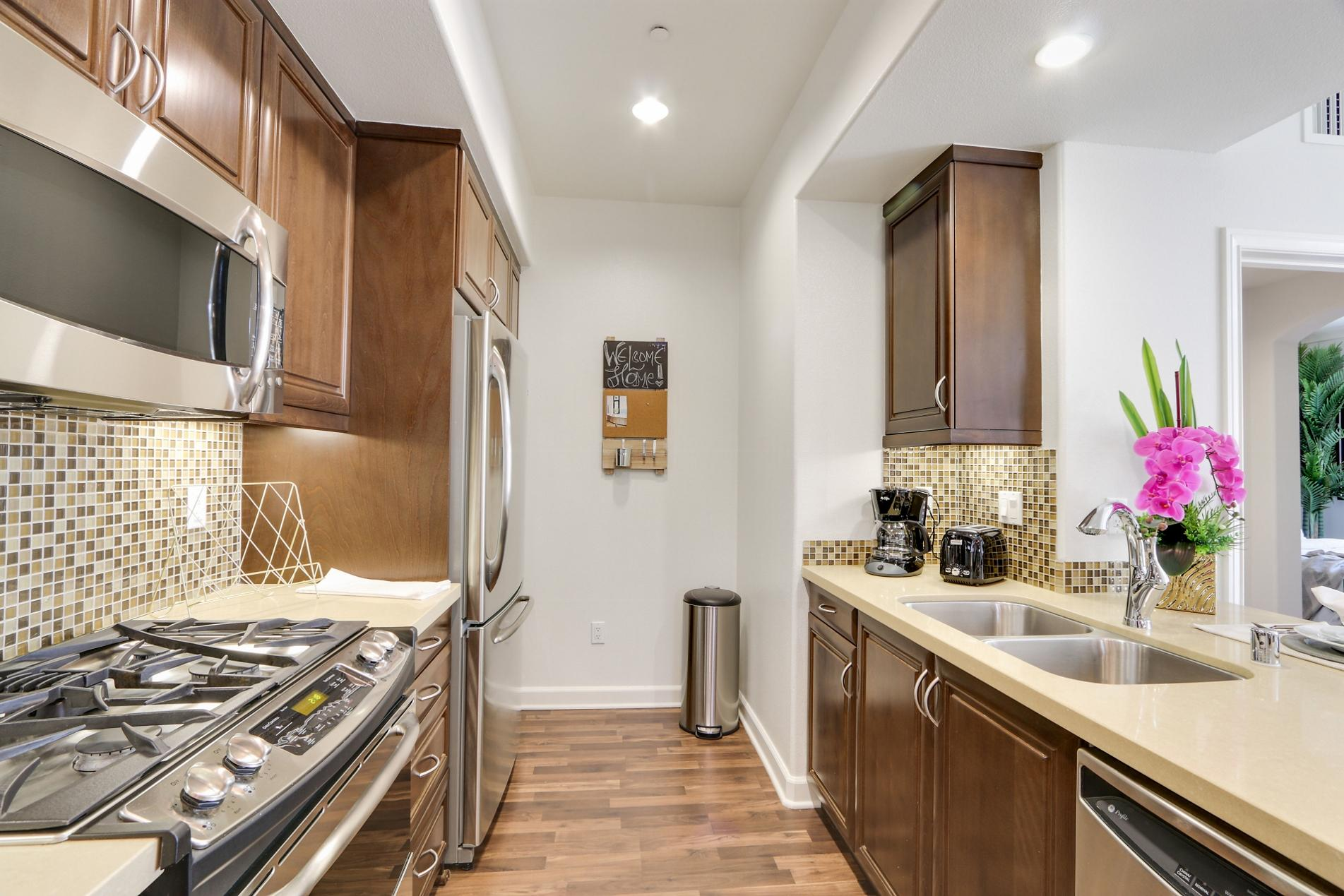 $5555 Two bedroom Apartment for rent