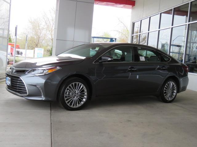 Toyota Avalon LIMITED 2017