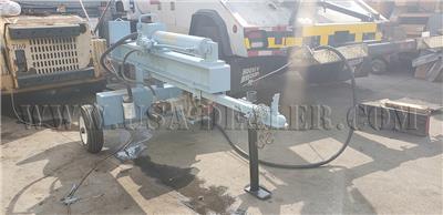 IRON & OAK LOG SPLITTER 26-TON COMMERCIAL HORIZONTAL/VERTICAL WITH GAS 8HP HONDA MOTOR