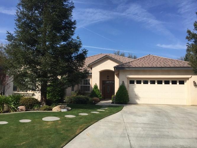 3219 Peace Rose St, Bakersfield, CA 93311