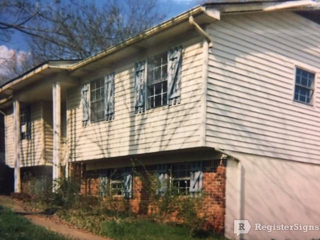 $700 Three bedroom House for rent
