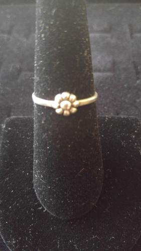 STERLING SILVER DAISY FLOWER RING SIZE 7