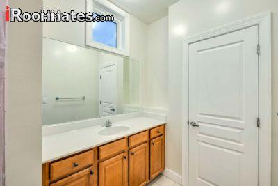 $700 Three bedroom Townhouse for rent