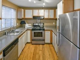 $1242 Two bedroom Apartment for rent
