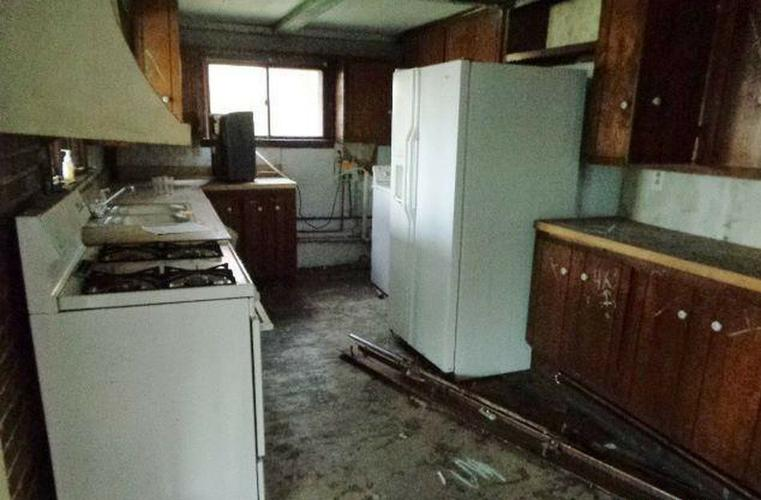 Renovation Ready Single-Family Ranch $19,900 Potential Money Maker!