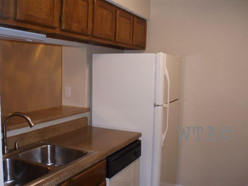 $907 One bedroom Townhouse for rent