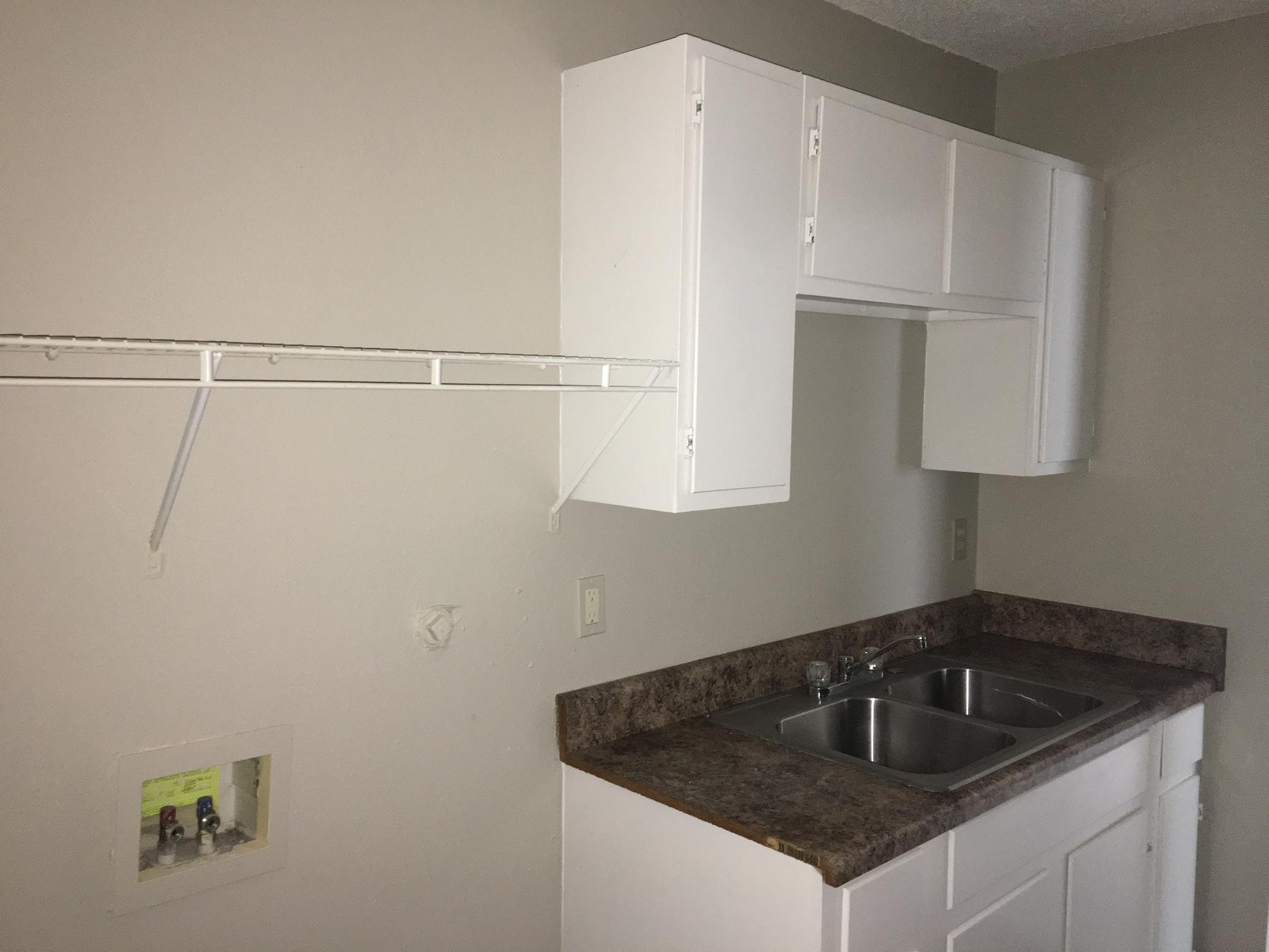 $945 Four bedroom Apartment for rent