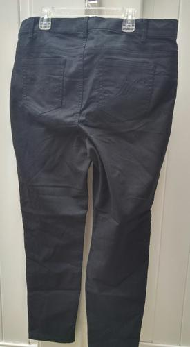 NEW WITH TAGS JACLYN SMITH BLACK STRETCH PANTS SIZE 14