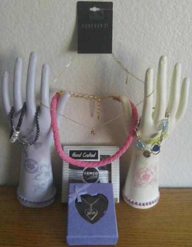 7 PC ASSORTED JEWELRY (HANDS NOT INCLUDED FOR DISPLAY ONLY)