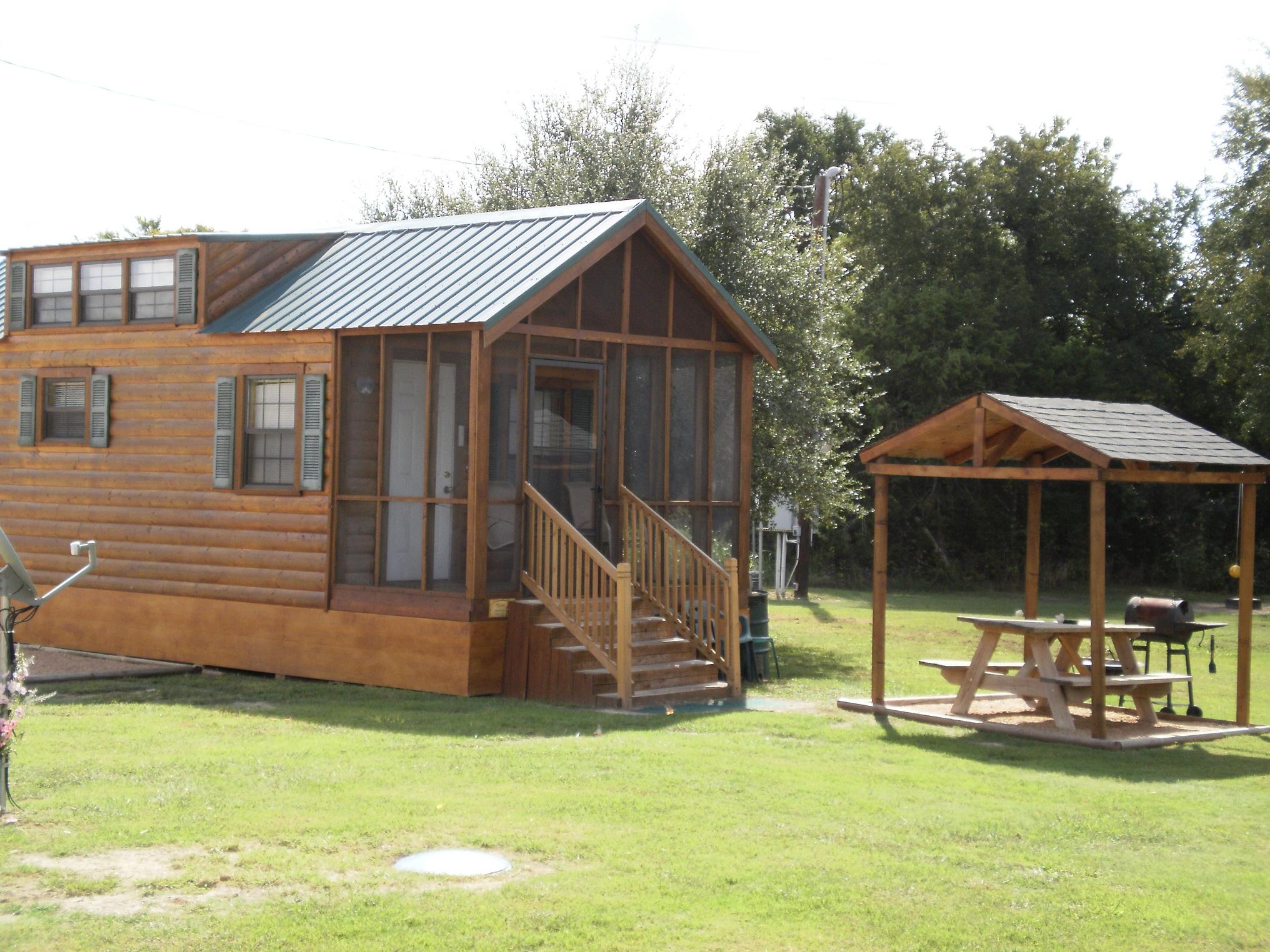 Rio Bonito Cabin and RV Park