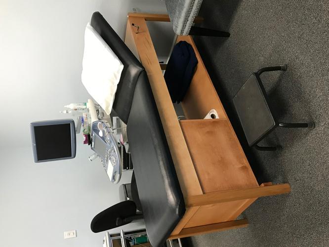 Heavy Duty Massage Table