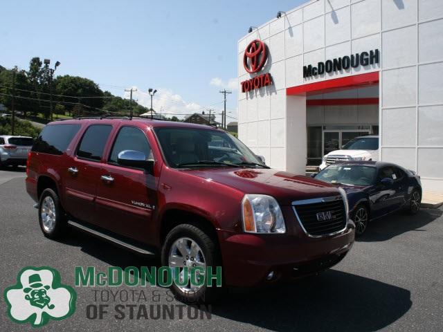 GMC Yukon XL SLT 1500 2007