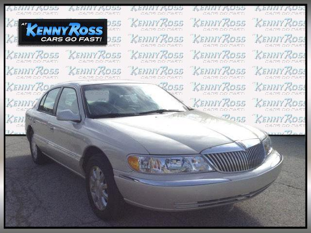 Lincoln Continental 4dr Sdn w/Personal Security 2002
