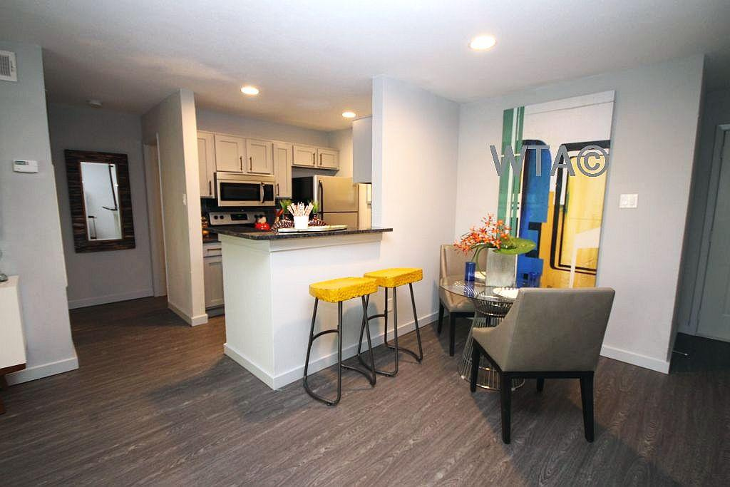 $1050 Two bedroom Apartment for rent