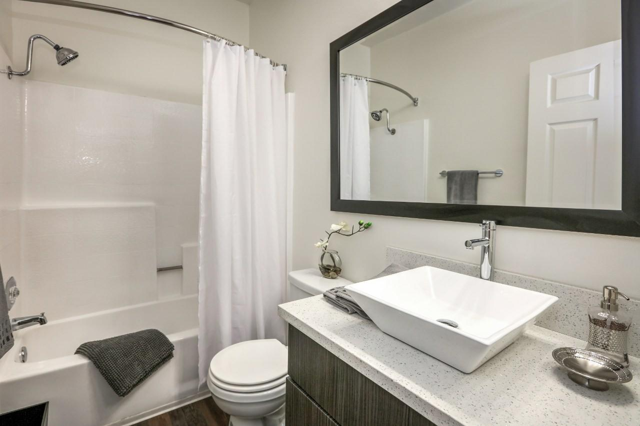 $3665 Two bedroom Apartment for rent