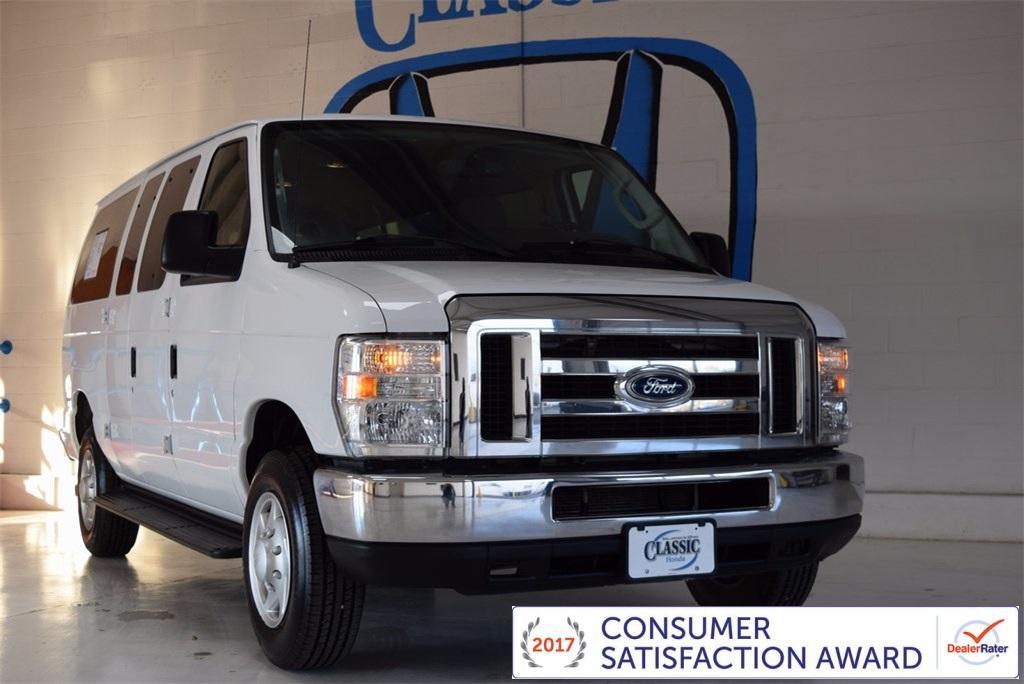 Ford Econoline Wagon XLT 2014