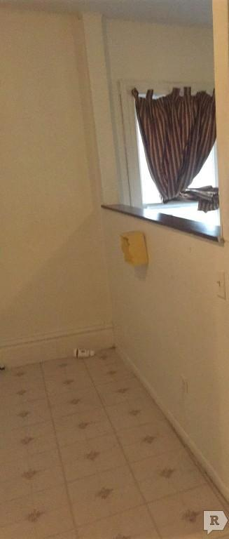 $400 Studio House for rent