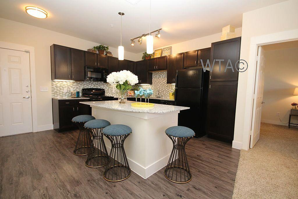 $1332 Two bedroom Apartment for rent