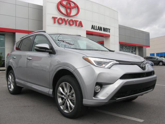 Toyota RAV4 AWD Limited 2017