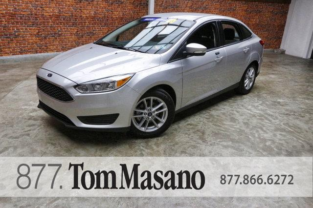 Ford Focus 4dr Sedan SE 2016