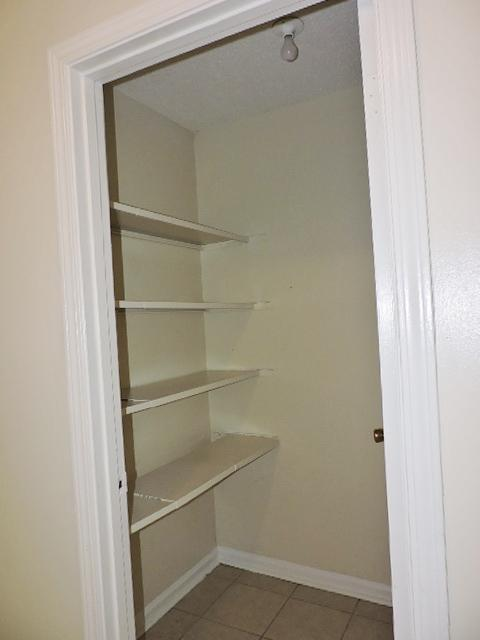 $1165 Three bedroom Apartment for rent