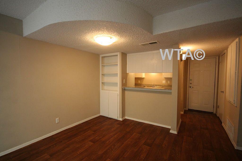 $1059 One bedroom Loft for rent