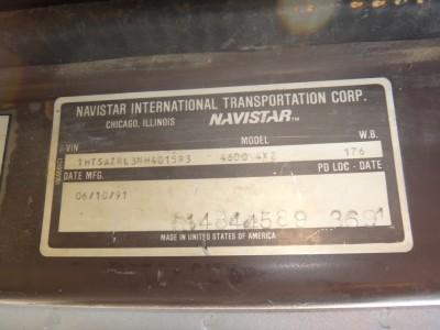 1992 INTERNATIONAL TRUCK 4600 WITH AIR COMPRESSOR