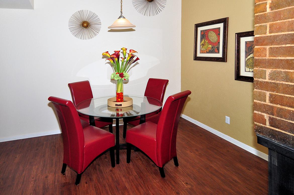 $1222 Three bedroom Apartment for rent
