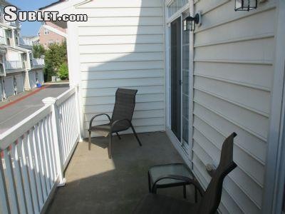 $650 One bedroom Townhouse for rent