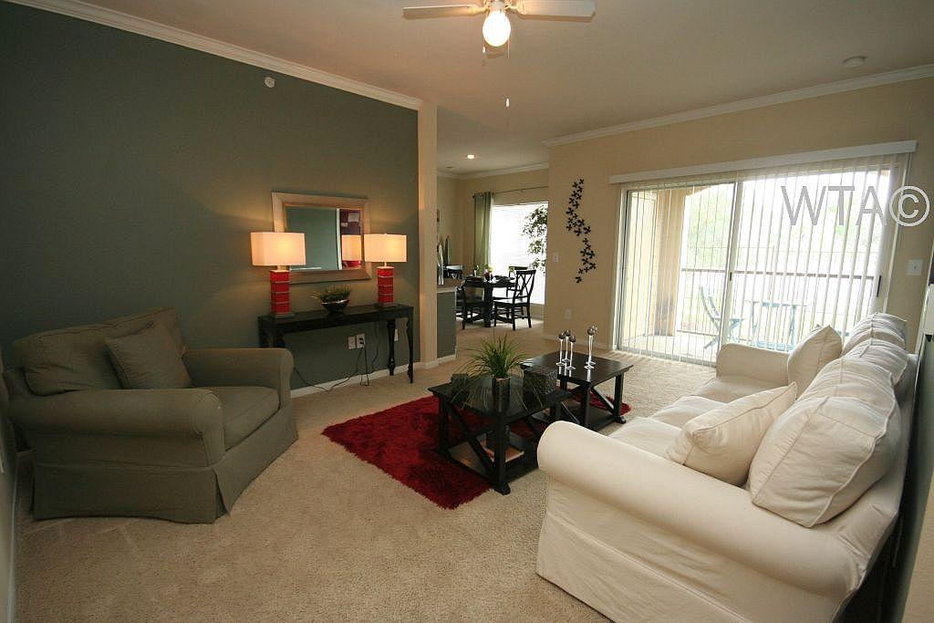 $1710 Three bedroom Townhouse for rent