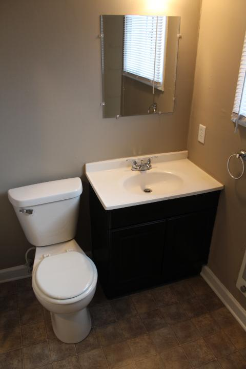 $1185 Four bedroom Apartment for rent