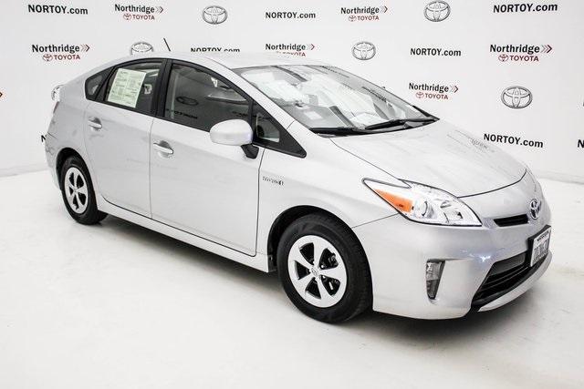 Toyota Prius Two 2014
