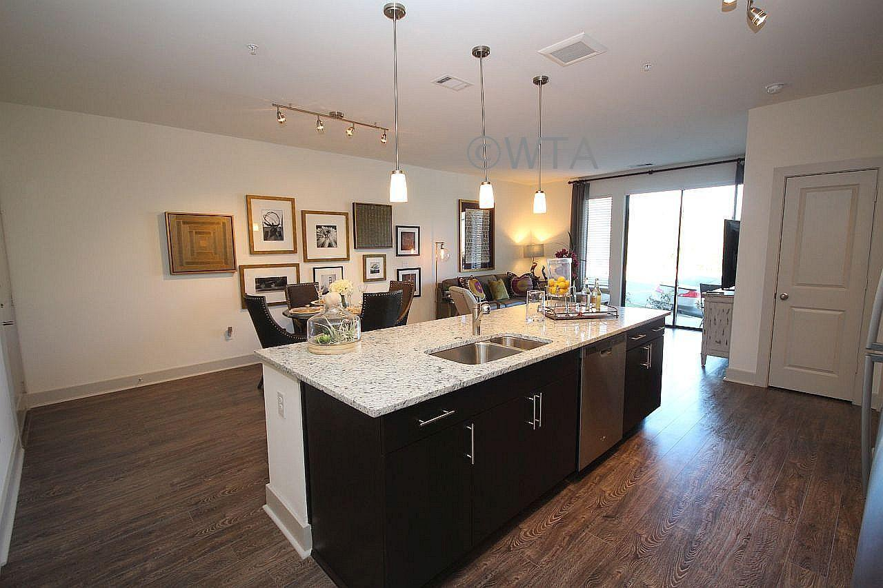 $2483 Three bedroom Apartment for rent