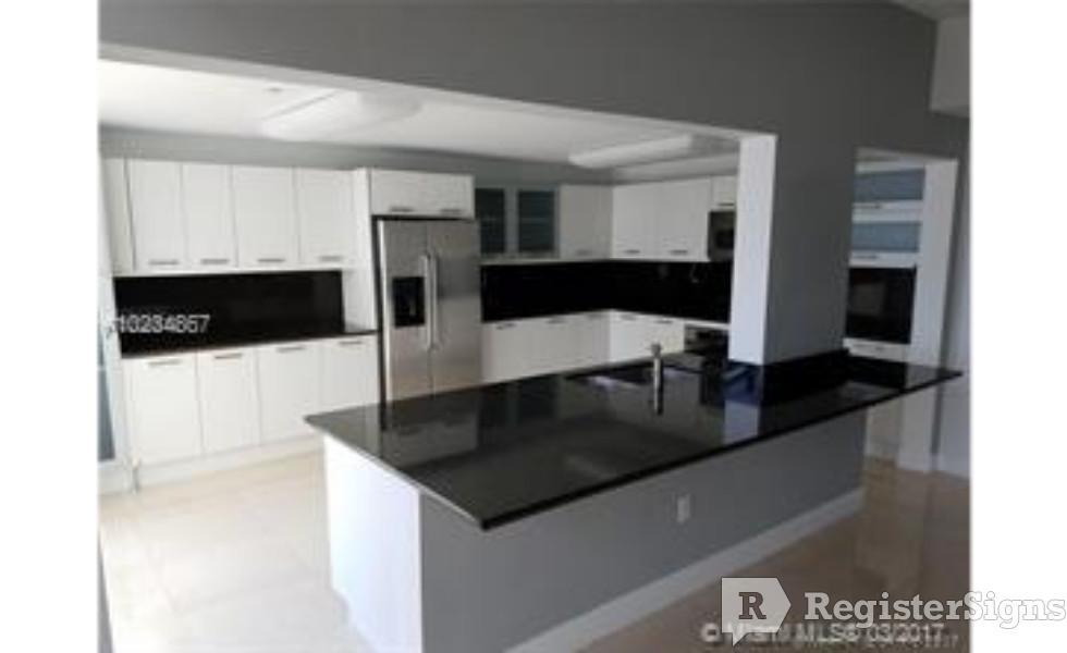 $5850 Three bedroom Apartment for rent