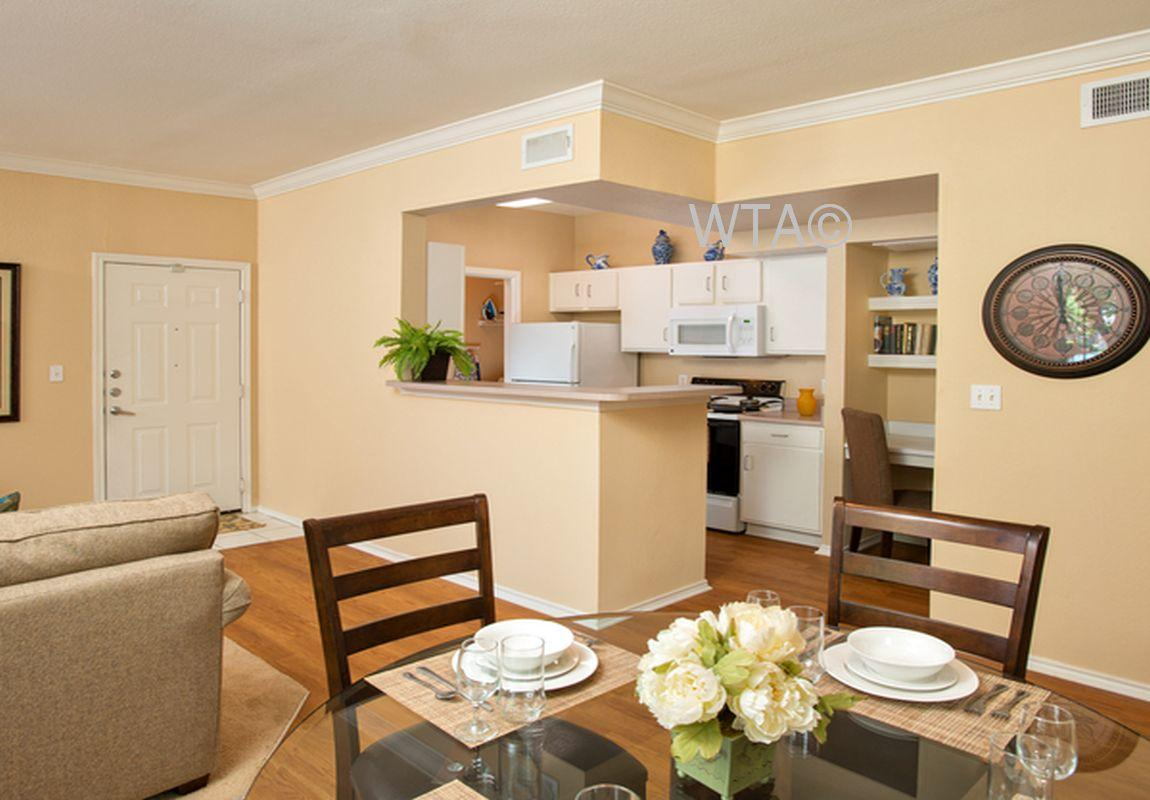 $1013 One bedroom Apartment for rent