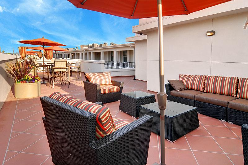 $4660 Three bedroom Apartment for rent